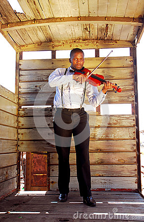 Free African Man Playing Violin Royalty Free Stock Photos - 29477548
