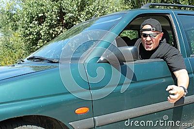 Aggressiver Fahrer