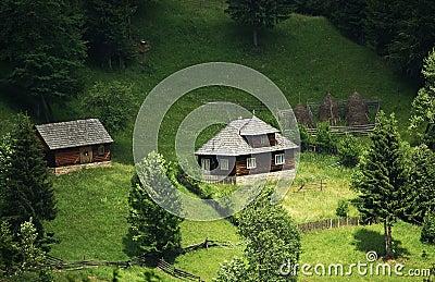 Agregado familiar tradicional da montanha, Romania norte