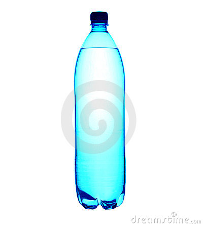 Agua embotellada de 1.5 litros