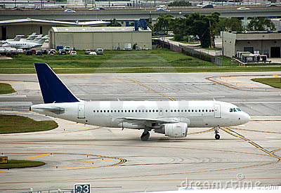 Airbus A-319 jet liner