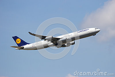 Airbus A340 Lufthansa Editorial Stock Image
