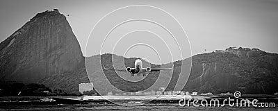 Aircraft leaves Rio de Janeiro