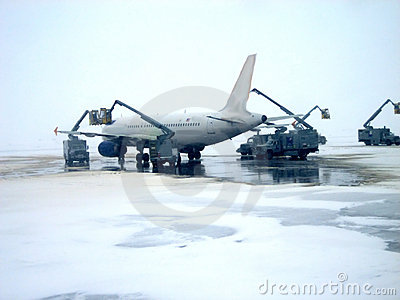 Airplane Deicing Operations v1