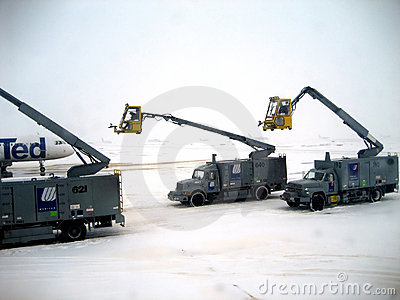 Airplane Deicing Operations v2 Editorial Image