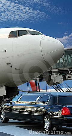 Free Airplane Preparing For Departure Stock Images - 4556204