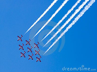 Airplanes in formation