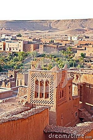 Ait在瓦尔扎扎特摩洛哥附近的本Haddou