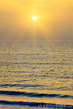 Alba sopra Oceano Atlantico