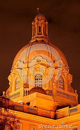 Alberta legislature building at night