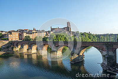 Albi, bridge over the Tarn river