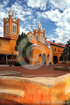 Free Albuquerque Church Stock Photo - 37415210