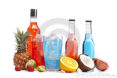 Alcohol colorful drinks set with fruits