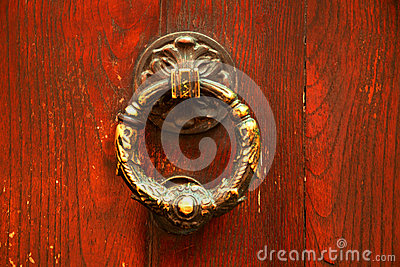 Aldrava de porta italiana velha