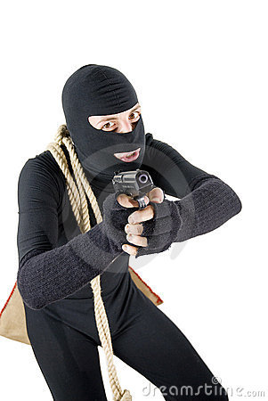 Alert thief ready to shoot