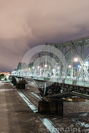Free Alexandra Bridge - Ottawa, Canada Royalty Free Stock Photo - 85740945