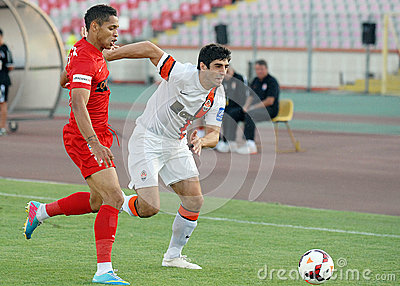 Alexandre Durimel and Anton Shynder in Dinamo Bucharest-Shaktar Donetk Editorial Stock Image