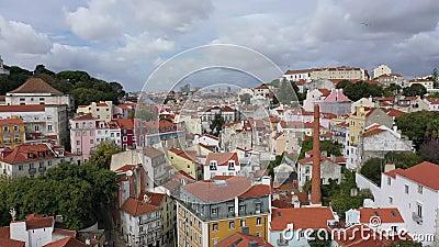 Alfama-Hügel in Lissabon von oben stock video footage