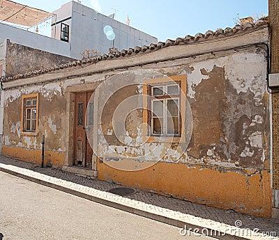 Algarvian House Dilapidated