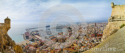 Alicante through Spanish Castle
