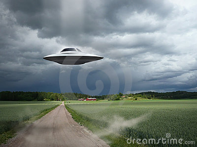 Alien Aircraft UFO Landing Royalty Free Stock Photos - Image: 13941818