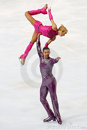 Aliona SAVCHENKO / Robin SZOLKOWY short program Editorial Image