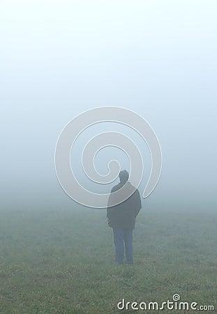 Alleine im Nebel