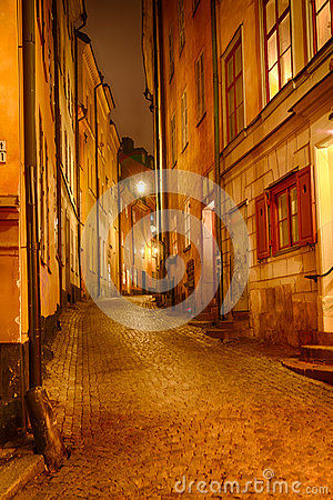 Free Alley At Night Stock Photos - 45794053