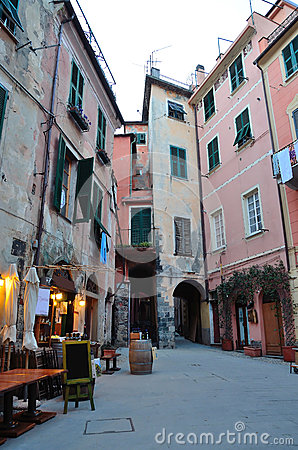 Free Alley Of Monterosso Al Mare, Cinque Terre, La Spez Stock Images - 31622594