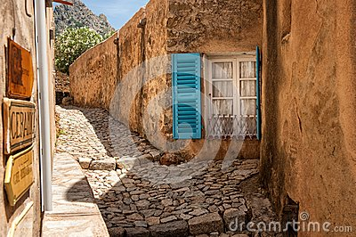 Alley in Pigna (Cosica, France)