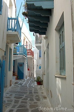 Free Alley Way In Mykonos, Greece Royalty Free Stock Image - 6140266