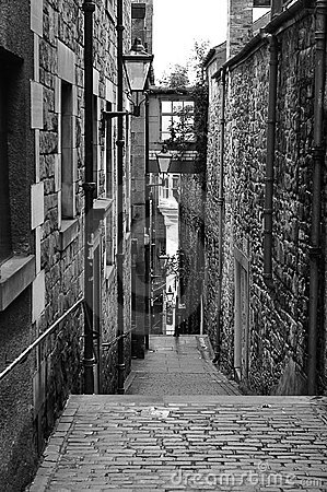 Alleyway in Old Edinburgh