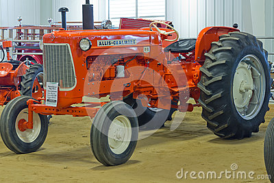 Allis-Chalmers D-18 Farm Tractor Editorial Stock Image
