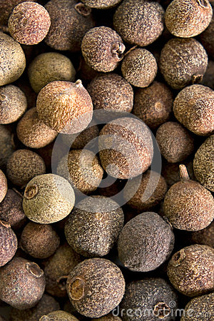 Free Allspice Pepper Royalty Free Stock Photography - 27515717