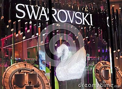 Almacén de buque insignia de Swarovski Foto editorial