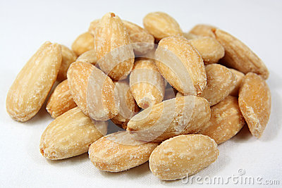 Almonds heap