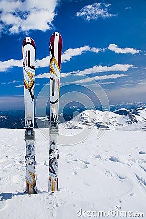 Alone ski