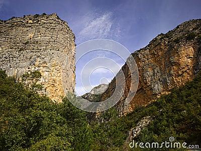 ALpes de Haute Provence; La vallee du Bes