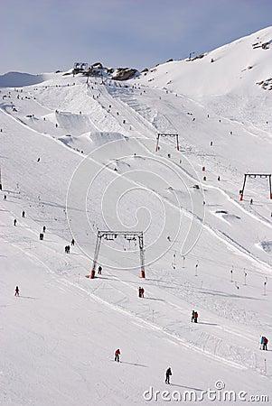 Alpine skiing area drag lifts