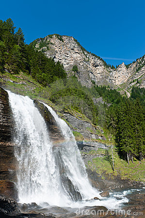 Free Alpine Waterfall In Mountain Forest Royalty Free Stock Image - 17420356
