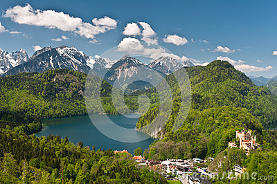 Alpsee lake and Hohenschwangau castle