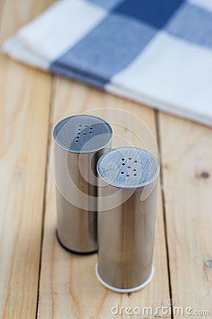 Free Alt And Pepper Shakers Royalty Free Stock Photography - 58078117