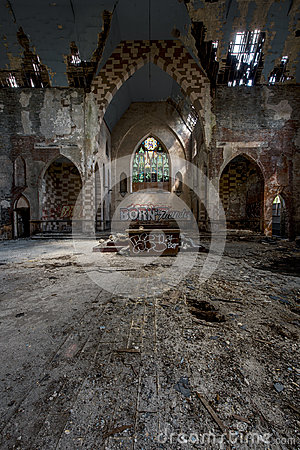 Free Altar - Broken Stained Glass, Collapsing Building & Graffiti - Abandoned Church Stock Photography - 96806362
