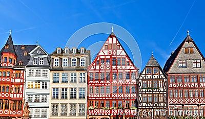 Alte deutsche geb ude lizenzfreie stockbilder bild 15132579 for Traditionelles deutsches haus