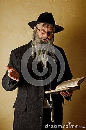 Alter Jude mit Buch