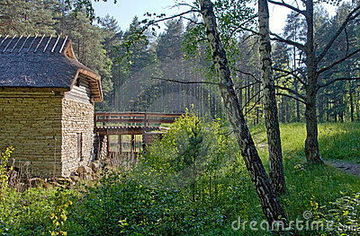 Altes watermill in der Landschaft