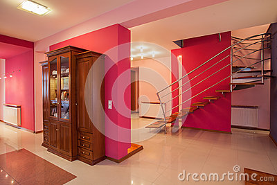 Amaranth house - Colorful interior