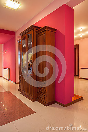 Amaranth house - Wooden commode