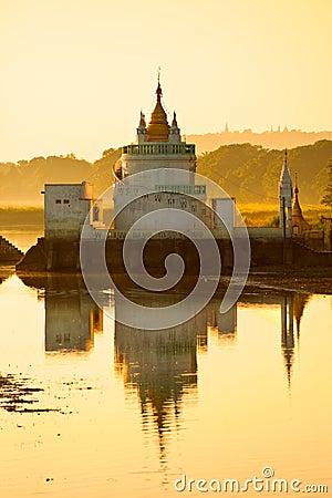 Free Amarapura ,Mandalay, Myanmar. Royalty Free Stock Photo - 28949725