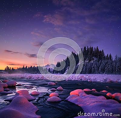 Free Amazing Night Landscape. Beautiful Nature Background. Royalty Free Stock Photos - 115242788